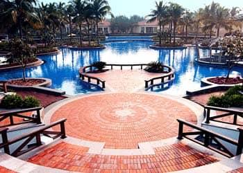 Luxury beach resorts in pondicherry 5 star hotels in pondicherry ocean spray beach resort for Best hotels in pondicherry with swimming pool
